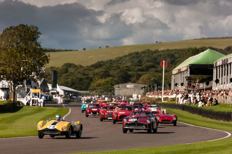Lavant Cup start featured an amazing grid of drum-brake Ferraris (photo: Drew Gibson)